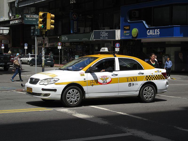 Taxi aeroporto de Montevidéu