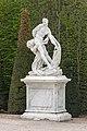 2017. Estatua no Parque de Versalles V15.jpg
