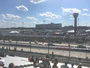 2017 AAA 400 Drive for Autism - Qualifying for the race