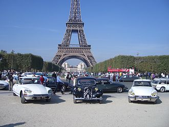 Citroën DS - Two DS and Traction Avant