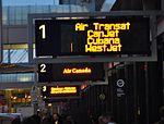 Aéroport de Montréal (4523160145) (2).jpg