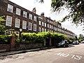 A Row of Georgian Houses in Montpelier Row in Twickenham - panoramio.jpg