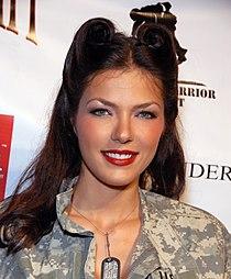 Adrianne Curry 2009.jpg