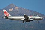 Airbus A320-214 'OE-LEA' Niki (24651921679).jpg