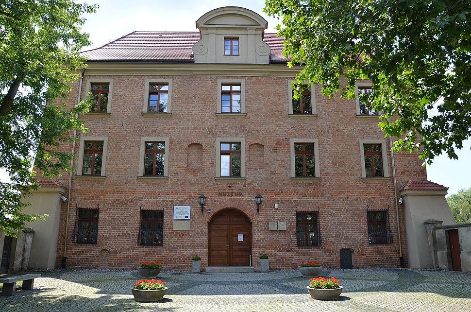 Akademia Lubra%C5%84skiego w Poznaniu 03