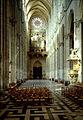 Amiens nave interior towards W.jpg
