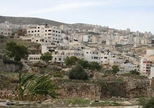 Nablus: Ancient ruins in a Nablus neighborhood