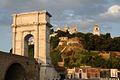 Arco di Traiano al calar del sole.JPG