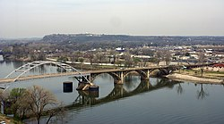 Arkansas River, Looking Across To North Little Rock 423757092.jpg
