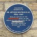 Arthur Rostron plaque.jpg
