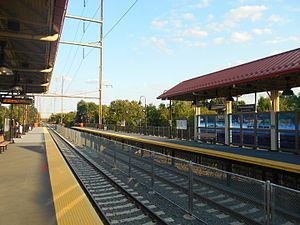 Pennsauken Transit Center - Atlantic City Line platforms at Pennsauken Transit Center