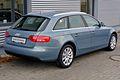 Audi A4 Avant Ambiente 2.0 TDI quattro Sphärenblau Heck.JPG