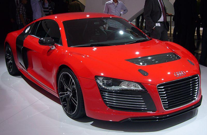 File:Audi R8 e-tron (front quarter).jpg