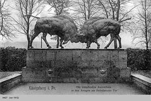 August Gaul -  Fighting aurochs by August Gaul in Königsberg