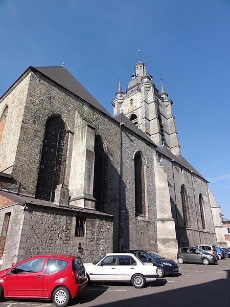 Avesnes-sur-Helpe (Nord, Fr) la collégiale coté nord