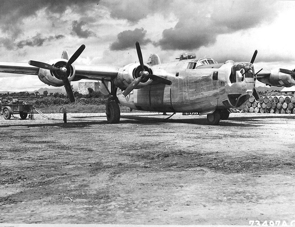 B-24J-185-CO Liberator 44-40852 436th BS 7th BG 1944