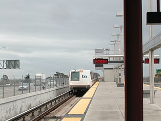 Pittsburg/Bay Point station - A train at the station in March 2005