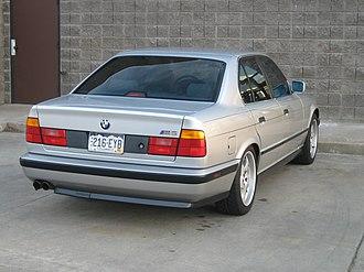 BMW M5 - BMW M5 (E34)