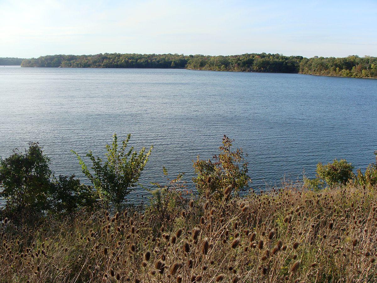 Blue Springs Mo >> Blue Springs Lake - Wikipedia