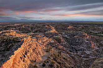 Badlands National Park Badlands Overlook at Sunset.jpg