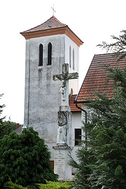 Balatonújlak, római katolikus templom 2021 04.jpg