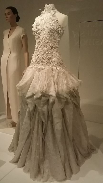 File:Ballgown by Sarah Burton for Alexander McQueen. Dress of the ...