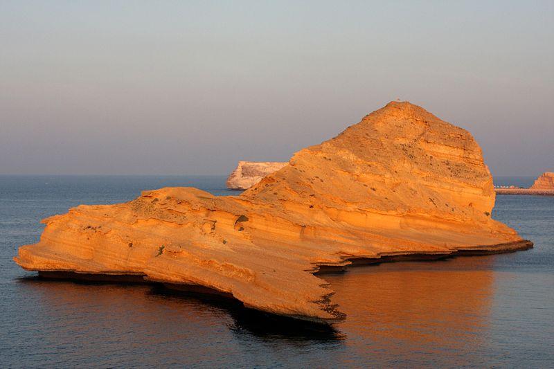 File:Bandar Jissah, Muscat, Oman (4324789732).jpg