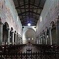 Basilica San Piero a Grado, Pisa, interno.jpg