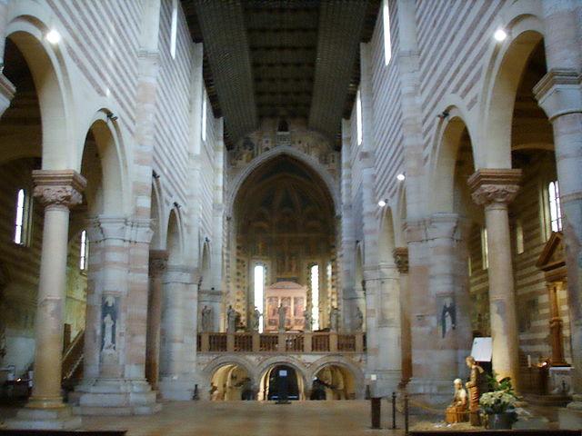 https://upload.wikimedia.org/wikipedia/commons/thumb/e/ee/Basilica_di_san_zeno%2C_interno.JPG/640px-Basilica_di_san_zeno%2C_interno.JPG