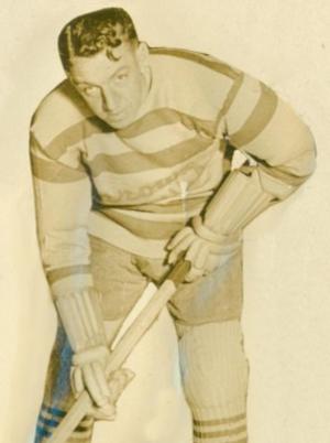 "Bill Phillips (ice hockey) - Bill ""Batt"" Phillips with the Montreal Maroons"