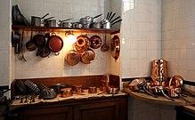 Cucina utensili da cucina in legno di confine con coltello
