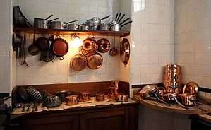Kitchen utensil - Image: Batterie de cuisine