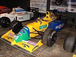 Benetton B190 - Image: Benetton B190B