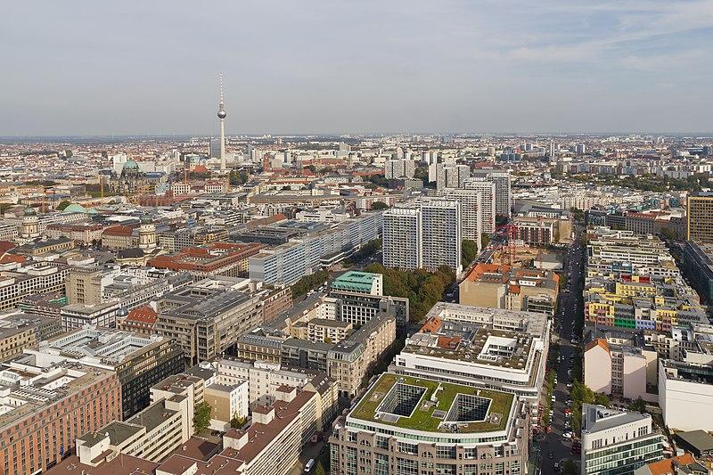 File:Berlin Hi-Flyer Sept14 views05.jpg