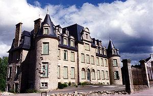 Belle-Isle-en-Terre - Chateau
