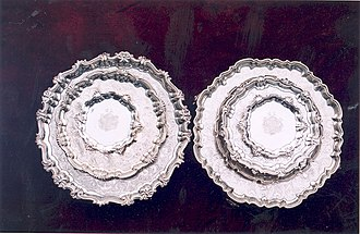 Salver - Some sterling silver salvers produced in the 1730s