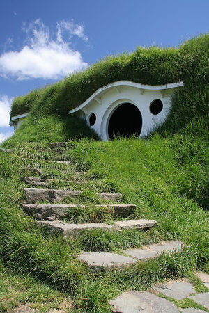 a represention of a hobbit hole, at hobitton-m...