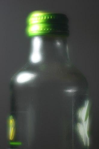 Soft focus - Image: Bottle Softfocus 2