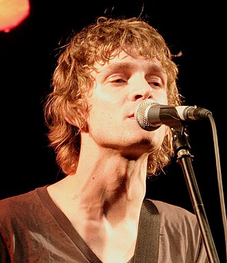 Brendan Benson - Benson performing in November 2005