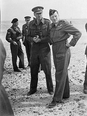 Jock Campbell (British Army officer) - Campbell and Commander in Chief Auchinleck in the Western Desert
