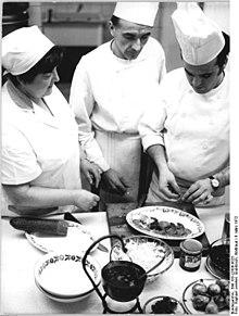 Cuisinier — Wikipédia