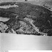 Bundesarchiv Bild 195-1513, Rheinbefliegung, Neuburg - Maximiliansau.jpg