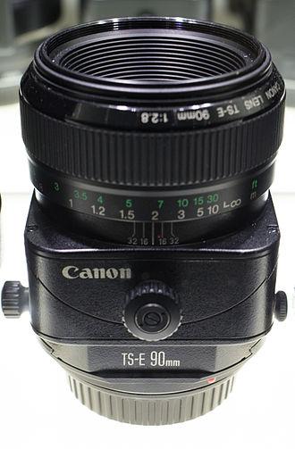 Canon TS-E 90mm lens - Image: Canon TSE 90