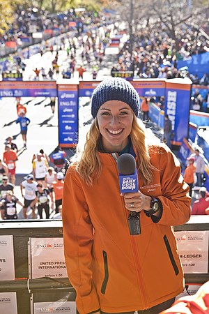 Carrie Tollefson - Tollefson at the 2011 New York City Marathon