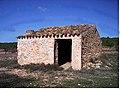 Casilla Arturo, situada en la zona de El Puntal Blanco.jpg