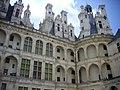 Chambord - château, cour (38).jpg