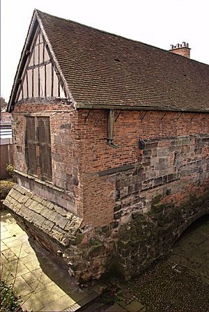 Nicholas Garlick - The Chapel of St. Mary on the Bridge was there at the time and today has a plaque recording Garlick's death. The bridge has gone but its remains can be seen beneath the chapel.