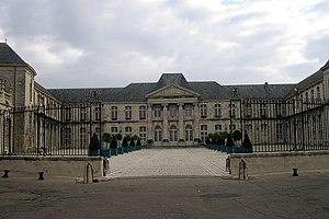 Château de Commercy - Commercy's entrance court