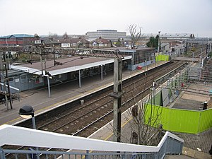 Cheshunt railway station - The station in January 2006, just after the start of renovation work (now complete).