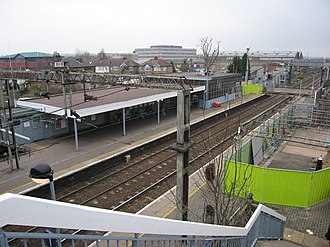 Cheshunt railway station - The station in 2006, just after the start of renovation works